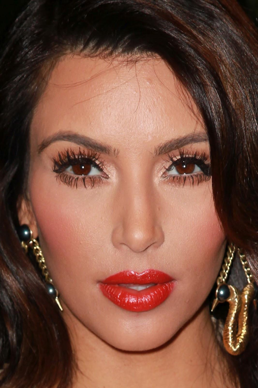 Kardashian celebrity makeup tutorial kim kardashian makeup look kim kardashian makeup look baditri Images